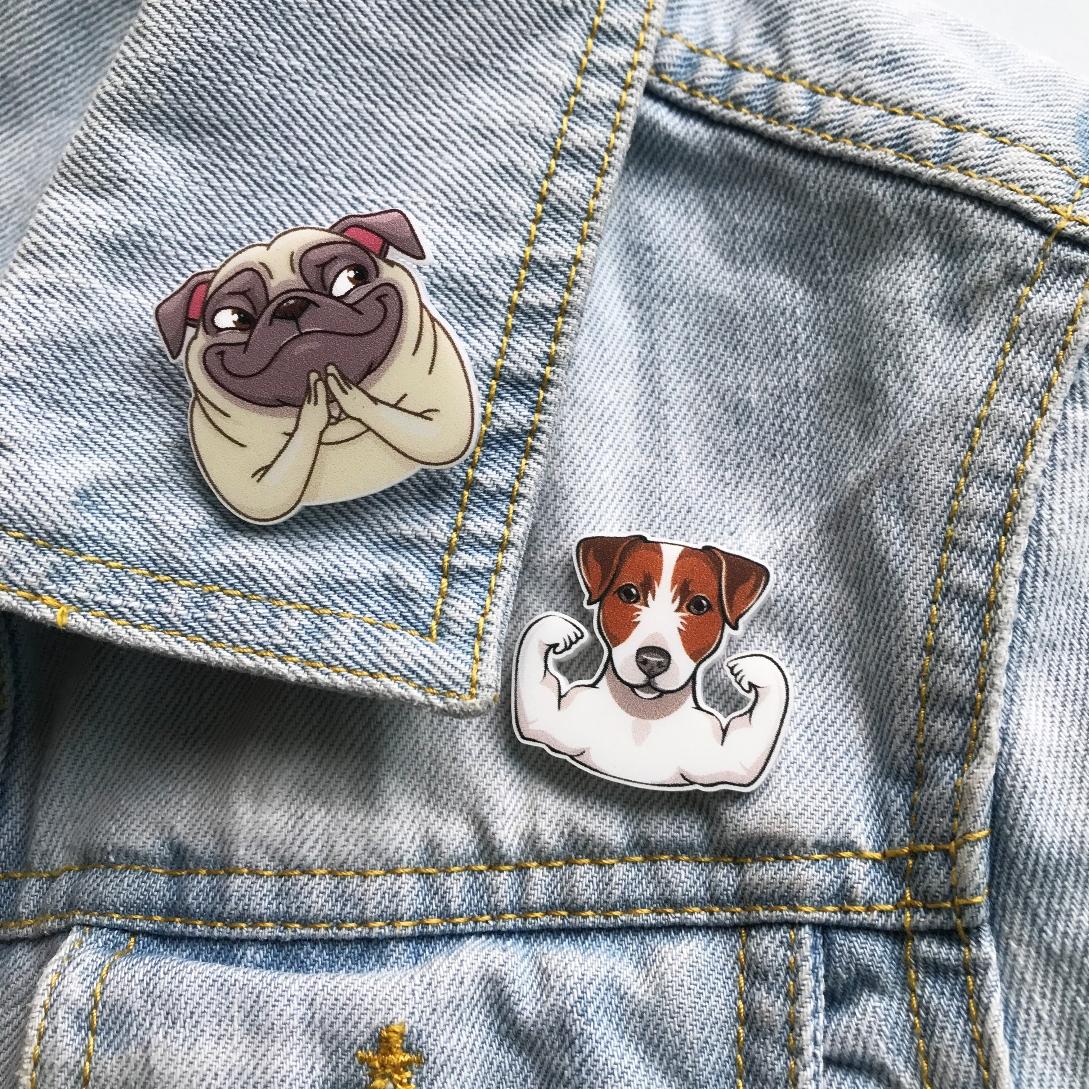 Значки и брелоки с собаками