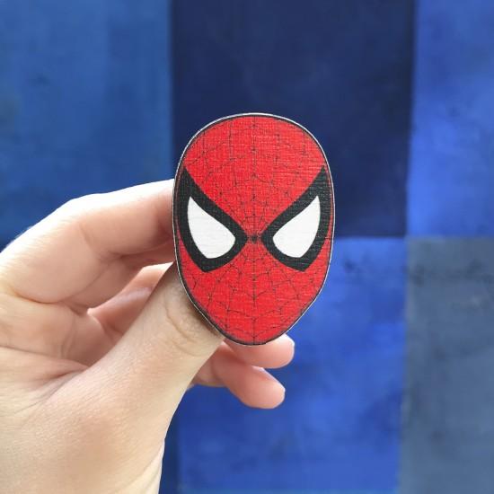 """Значок из дерева """"Spider-Man"""""""