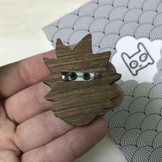 "Значок из дерева ""Рик"""